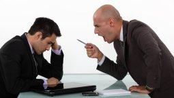 Bất đồng ý kiến với sếp – bạn cần làm gì?