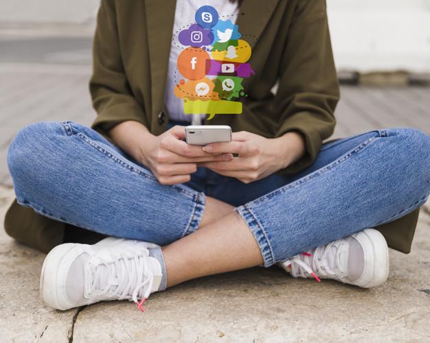 Liệu đời sống trực tuyến có ảnh hưởng chuyện tìm việc?