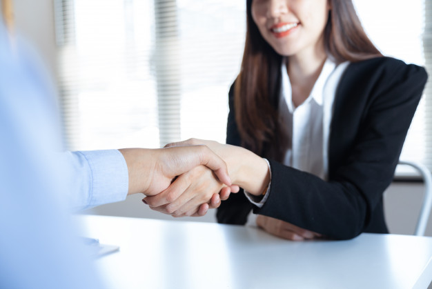 6 quy tắc ứng xử khi vợ là sếp của bạn?