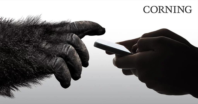 Không dừng lại ở smartphone, Corning ra mắt kính cường lực Astra Glass cho máy tính bảng, laptop và TV - Ảnh 1.