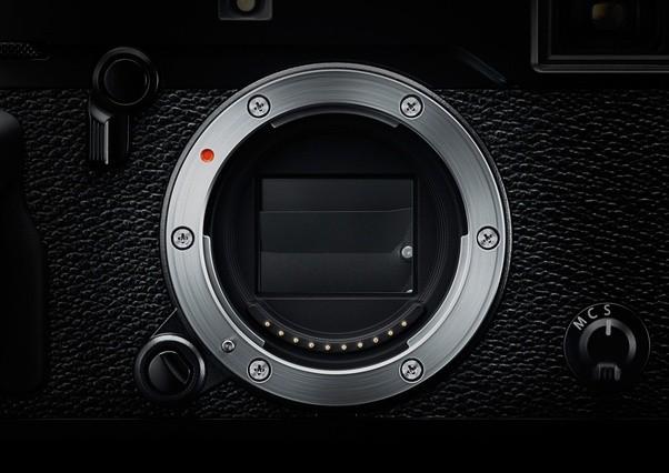 Tại sao máy ảnh khi chụp luôn tạo ra tiếng click, nhưng smartphone thì có thể im lặng? - Ảnh 1.
