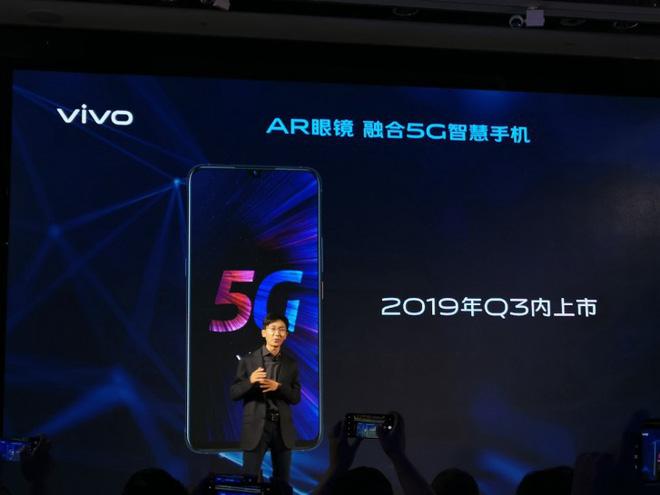 Vivo ra mắt smartphone IQOO 5G và công nghệ Super FlashCharge 120W, sạc đầy 4.000 mAh pin trong hơn 10 phút - Ảnh 1.