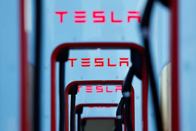 Tesla nhờ Apple giúp truy tố được kẻ ăn trộm công nghệ xe tự lái - Ảnh 2.