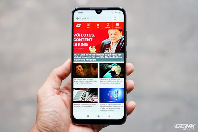 Trên tay Xiaomi Redmi Note 7 màu Trắng Ánh Trăng: viền mạ copy thiết kế iPhone, giá 4,99 triệu đồng - Ảnh 8.