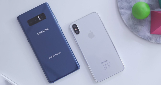 Cùng 1000 USD, cùng 2 năm tuổi, nhưng Galaxy Note 8 đã bị Samsung bỏ rơi còn iPhone X vẫn được cập nhật iOS mới nhất - Ảnh 4.