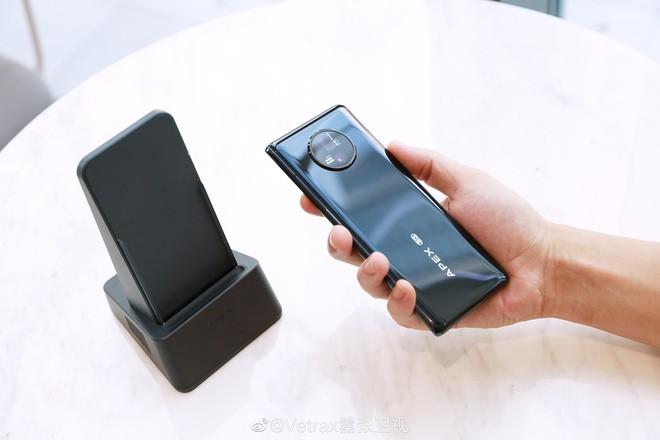 Cận cảnh Vivo Apex 2020: Smartphone tới từ tương lai mà bạn không thể sở hữu - Ảnh 9.