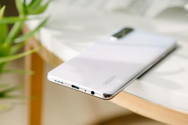 Smartphone hoàn toàn có thể trở thành rạp phim bỏ túi nếu sở hữu đầy đủ những yếu tố này - Ảnh 3.