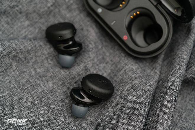 Đánh giá tai nghe Sony WF XB700: Không còn những thứ sai - Ảnh 13.