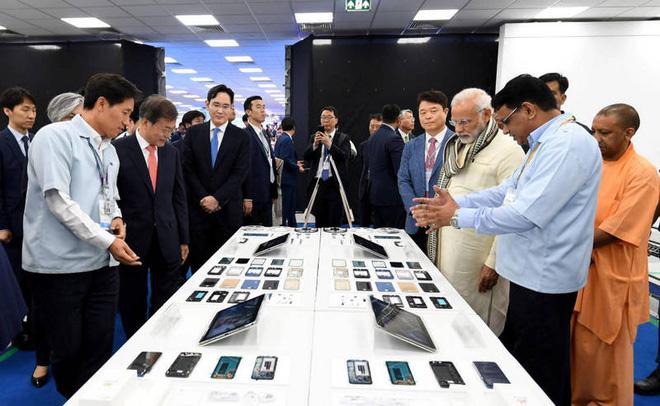 Q2/2020: Samsung bất ngờ vượt mặt Xiaomi và Vivo trên thị trường di động Ấn Độ - Ảnh 1.