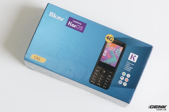 Trên tay BKAV C85 giá 500.000 đồng: Pin 3000mAh, chạy KaiOS, hỗ trợ 4G, tiếc rằng không có Wi-Fi - Ảnh 1.