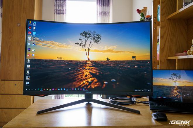 Trải nghiệm nhanh Samsung Odyssey G7: màn hình gaming 240Hz có điểm nhấn công nghệ QLED - Ảnh 1.