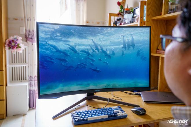 Trải nghiệm nhanh Samsung Odyssey G7: màn hình gaming 240Hz có điểm nhấn công nghệ QLED - Ảnh 17.