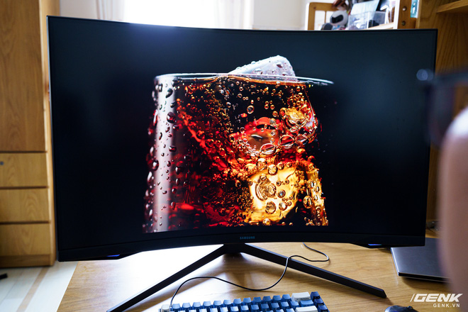 Trải nghiệm nhanh Samsung Odyssey G7: màn hình gaming 240Hz có điểm nhấn công nghệ QLED - Ảnh 15.