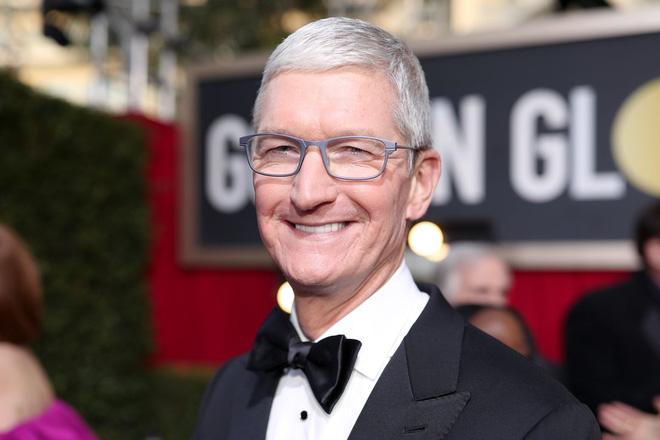 CEO Tim Cook chính thức trở thành tỷ phú, nhưng không giống với Mark Zuckerberg hay Jeff Bezos - Ảnh 1.