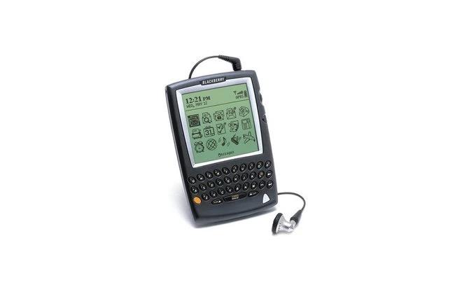 Cùng nhìn lại những chiếc điện thoại BlackBerry tốt nhất đã thay đổi cả thế giới - Ảnh 2.