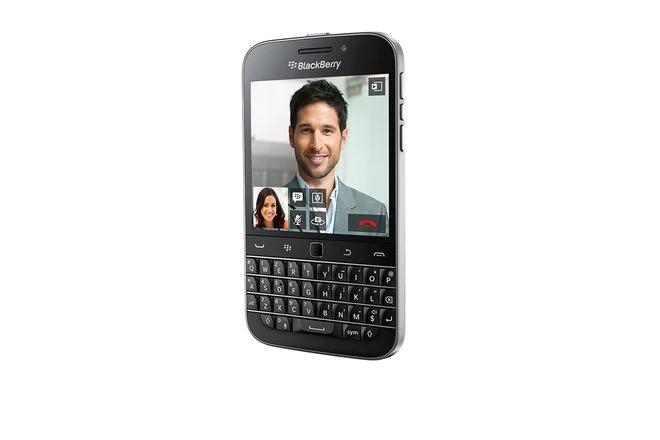 Cùng nhìn lại những chiếc điện thoại BlackBerry tốt nhất đã thay đổi cả thế giới - Ảnh 25.