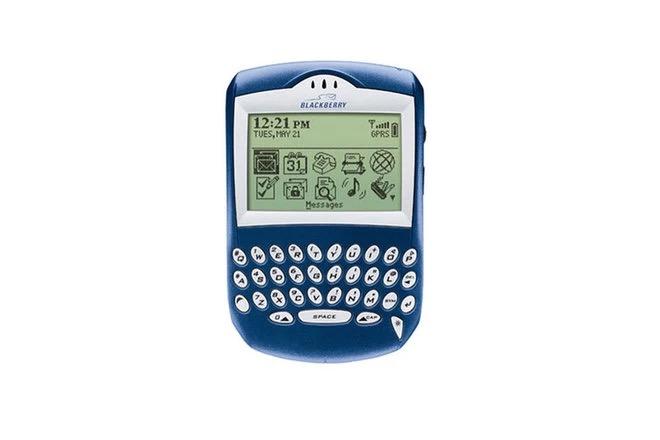 Cùng nhìn lại những chiếc điện thoại BlackBerry tốt nhất đã thay đổi cả thế giới - Ảnh 4.