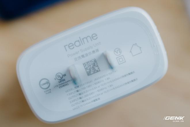 Mở hộp Realme 7 Pro: Smartphone có sạc nhanh nhất phân khúc tầm trung - Ảnh 13.