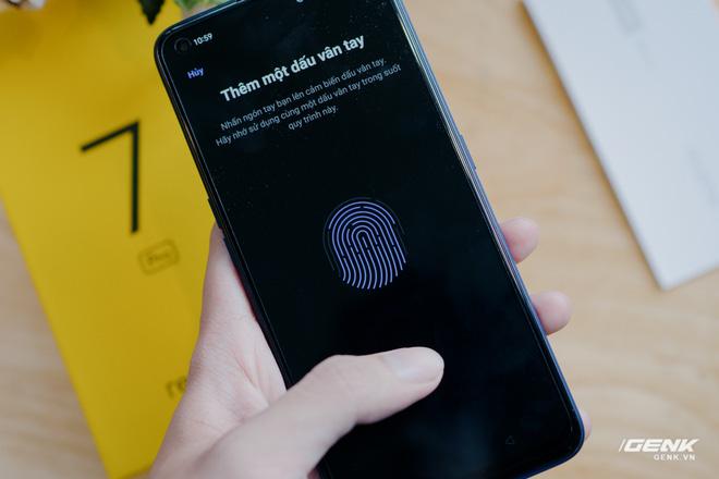 Mở hộp Realme 7 Pro: Smartphone có sạc nhanh nhất phân khúc tầm trung - Ảnh 8.