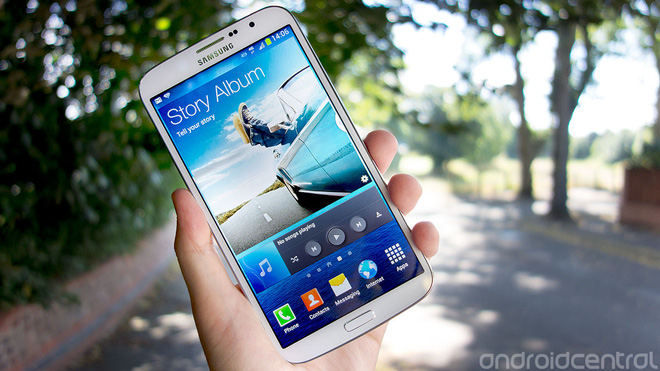 Nhìn lại Samsung Galaxy Mega: Chiếc điện thoại khiến cả Galaxy Note cũng trông nhỏ bé khi đứng cạnh bên - Ảnh 3.