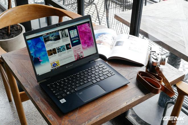 Trải nghiệm nhanh laptop thương hiệu lạ Dynabook Portege X30L: Mỏng, nhẹ hơn cả LG Gram, nhưng còn gì nữa? - Ảnh 5.