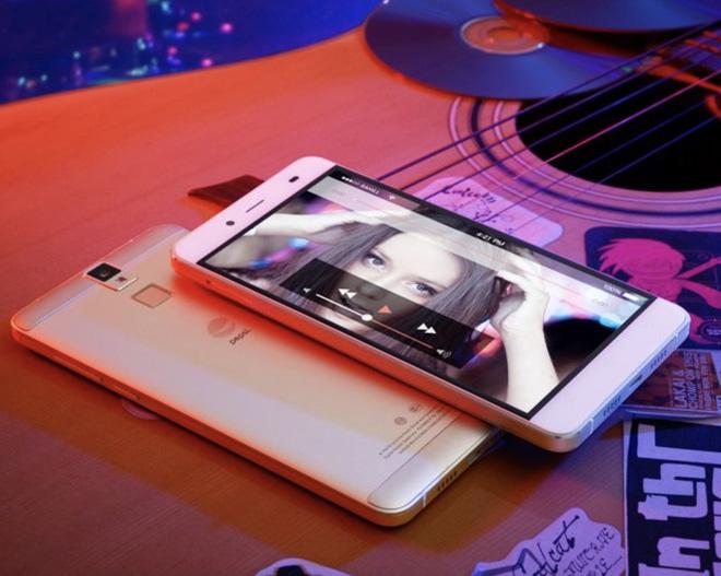 Nhìn lại những chiếc smartphone đến từ các thương hiệu không ngờ đến - Ảnh 3.