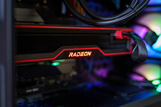Đánh giá AMD Radeon RX 6800 XT: sắc đỏ ở phân khúc PC cao cấp chưa bao giờ đậm đà đến thế - Ảnh 3.