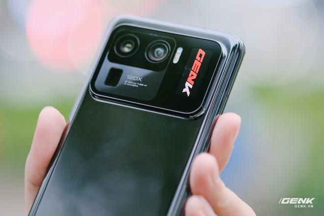 Trên tay Xiaomi Mi 11 Pro và Mi 11 Ultra: Nâng cấp chính về camera và sạc nhanh, bản Ultra có 2 màn hình cực chất, giá từ 20 triệu đồng - Ảnh 15.