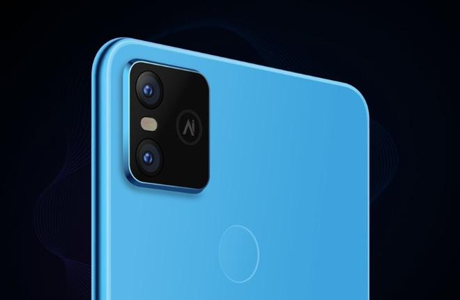 CEO Bkav Nguyễn Tử Quảng tuyên bố sẽ sản xuất smartphone 5G - Ảnh 1.