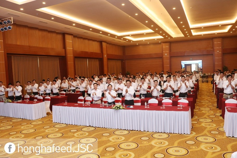 Chương trình đào tạo nội bộ cho đội ngũ nhân viên Kinh Doanh hàng tháng