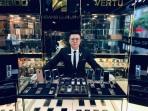 Cửa hàng điện thoại xa xỉ Hoàng Luxury