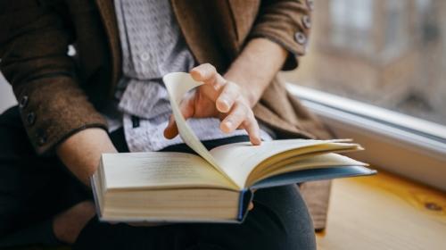 Tầm quan trọng của việc đọc sách đối với lập trình viên
