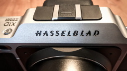 Vì sao người Trung Quốc muốn sở hữu hãng máy ảnh lừng danh Hasselblad? Hãy nhìn sang Volvo
