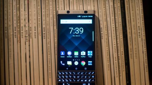[MWC 2017] BlackBerry KEYone chính thức ra mắt, giá gần 13 triệu đồng, bán ra từ tháng 4