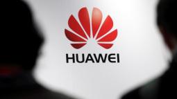 Ra mắt dòng Mate 10, Huawei thách thức cả Samsung lẫn Apple về giá cả và công nghệ