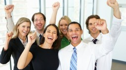 Sắp đến Tết lại có tin vui: Apple thưởng nóng đến 2.500 USD cho nhân viên sau khi có luật thuế mới