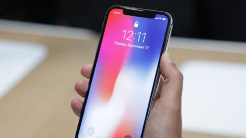 Samsung giảm sản lượng màn hình OLED vì doanh số iPhone X không mấy khả quan