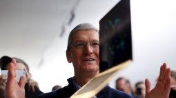 Apple cho ra đời MacBook màn hình Retina lần đầu tiên giá 900 USD