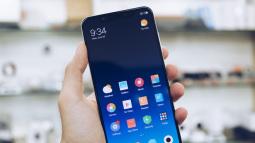 Xiaomi Mi 8 SE đã về VN: Snapdragon 710, màn hình tai thỏ, dáng vuông vức như Mi Mix, giá 7 triệu