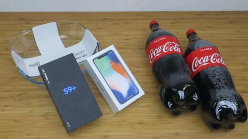 Tra tấn Galaxy S9 Plus và iPhone X: Ngâm nước Coca-Cola, đóng băng trong 24 giờ và cái kết