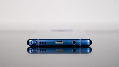 Nối gót Apple, Samsung sẽ loại bỏ jack cắm tai nghe trên Galaxy Note10 sắp tới?