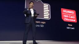 Với Mate 20 Pro, Huawei mang đến một công nghệ hoàn toàn mới: thẻ nhớ Nano memory card