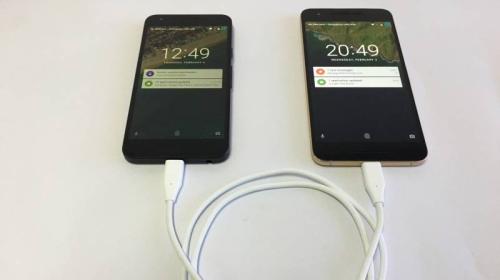 iPad Pro mới có thể sạc pin cho iPhone? Galaxy Note9 đã có tính năng này từ rất lâu rồi