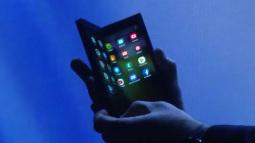 Giám đốc cấp cao Samsung khẳng định smartphone màn hình gập sẽ có giá cao gấp đôi iPhone Xs