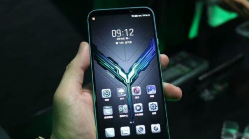 Cận cảnh Xiaomi Black Shark 2: Ông vua mới của làng smartphone gaming