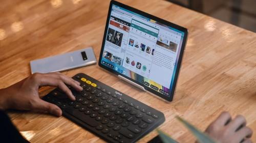 Galaxy Tab S5e là tuyên ngôn cho thấy nếu xét về thiết kế, Samsung xứng đáng là ngôi vương
