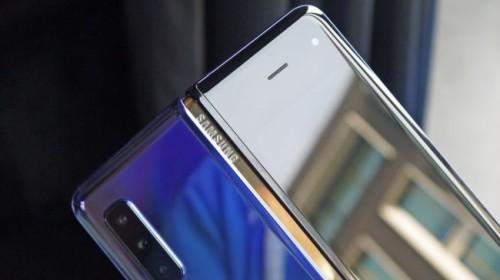 """Galaxy Fold chưa hẹn ngày trở lại, Samsung nói: """"Hãy cho chúng tôi thêm chút thời gian"""""""