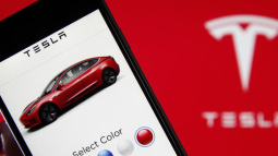 Tesla nhờ Apple giúp truy tố được kẻ ăn trộm công nghệ xe tự lái