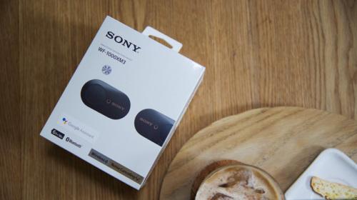 Trên tay nhanh tai nghe không dây Sony WF-1000XM3: Thiết kế rất đẹp từ tai đến hộp sạc, trang bị công nghệ chống ồn mới, chưa có giá tại Việt Nam