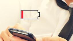 Nhiều người đang đo thời gian và không gian bằng phần trăm pin trên smartphone